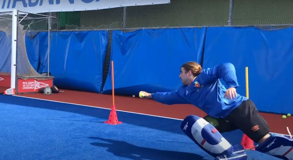 Fun Hockey Goalkeeping Drill to Improve Movement, Reaction and Diving