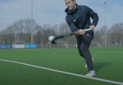 Field Hockey Skills: How to do the 3D Air Dribble?