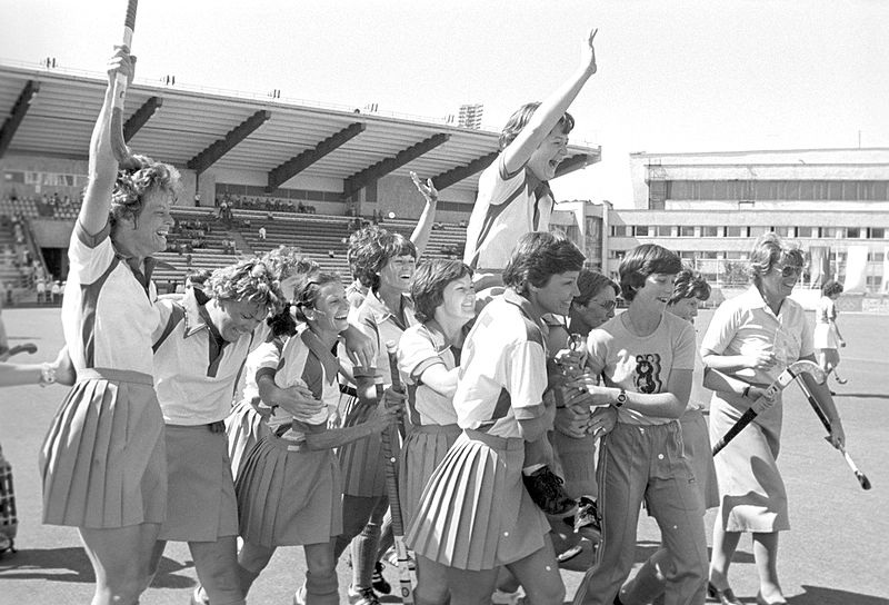 RIAN_archive_556180_Women's_field_hockey_team_from_Zimbabwe