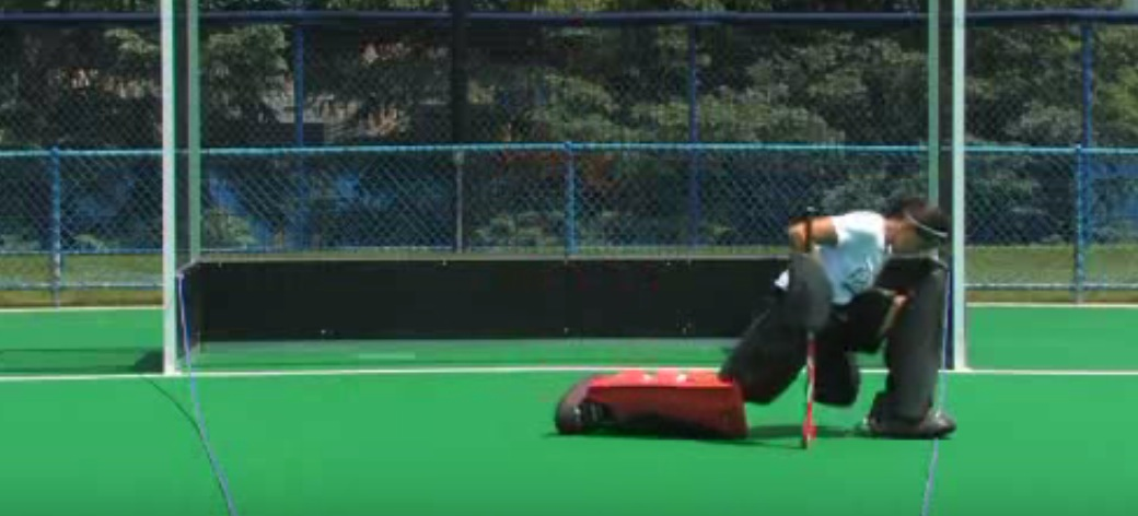 Field hockey goalkeeping angles: a different idea to improve your positioning
