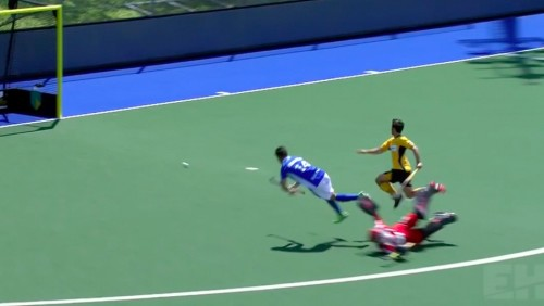 5 amazing deflection goals that happened at the EHL