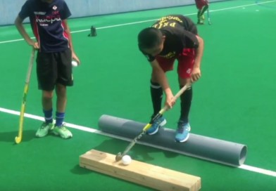 Technical drill: Indian dribbling while keeping your balance