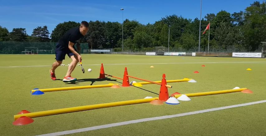 Field Hockey Exercises for 2020: Improve your skills and ball handling!