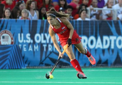 Do any skills transfer between field hockey and ice hockey?
