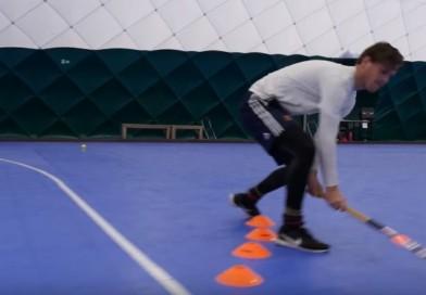 "How to do the ""indoor hook turn""? By HockeyheroesTV"