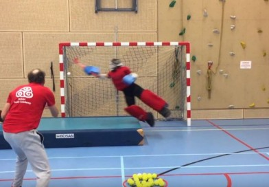 Practicing Airtime during indoor goalie training at Drijver Goalie Academy!